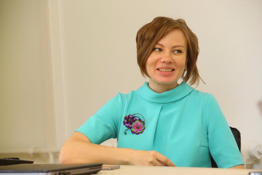 <p><em>Елена Проскурина, менеджер по интегрированным коммуникациям ПАО «Вымпелком» Дальний Восток.<br /> Фото А. Федорова</em></p>