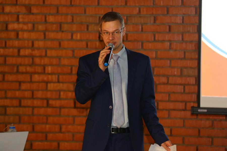 <p>Александр Кузьмин, руководитель Центра кластерного развития Иркутской области.<br /> Фото: А. Фёдоров</p>