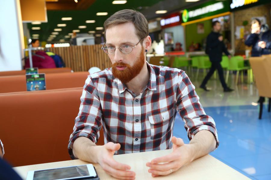 <p>Артём Знаменский, один из основателей Castro Café.<br /> Фото: А. Фёдоров</p>
