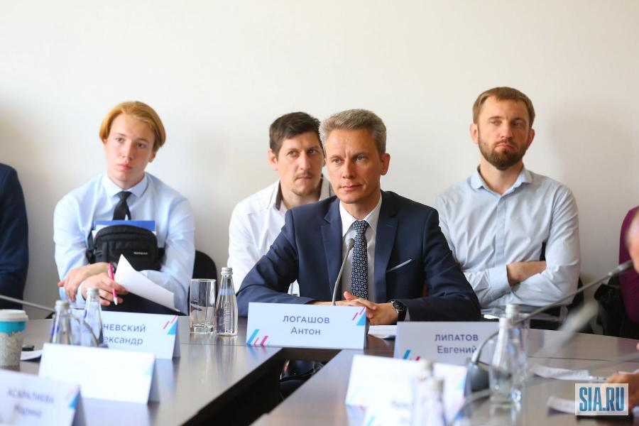 <p>Антон Логашов, заместитель председателя Правительства Иркутской области.<br /> Фото: А.Фёдоров</p>