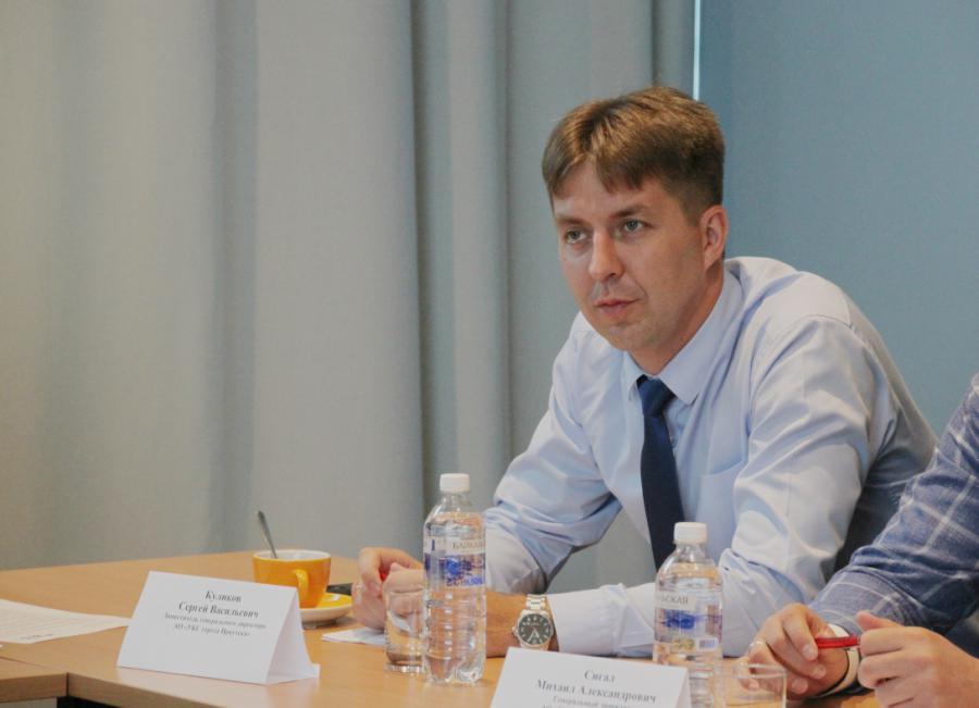 <p>Сергей Куликов, заместитель генерального директора АО УКС г. Иркутска.<br /> Фото: А. Фёдоров</p>
