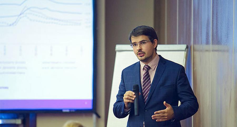 <p>Максим Петроневич,аналитик банка «Открытие»</p>