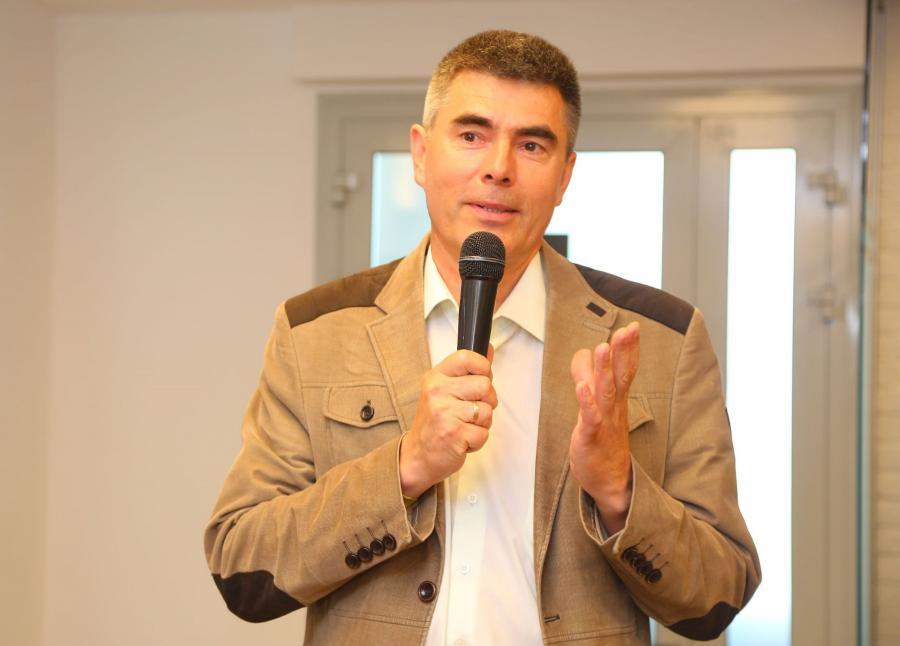 <p>Голованов Николай, почетный партнёр банка<br /> Фото: А. Фёдоров</p>