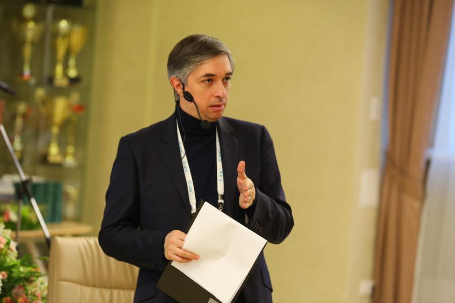 <p>Ровшан Аскеров, знаток телевизионной игры «Что? Где? Когда?».<br /> Фото: А. Фёдоров</p>