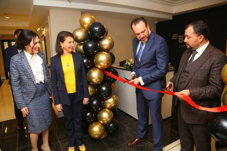 <p>ВТБ открыл офис Private Banking в Иркутске.<br /> Фото: Андрей Фёдоров</p>