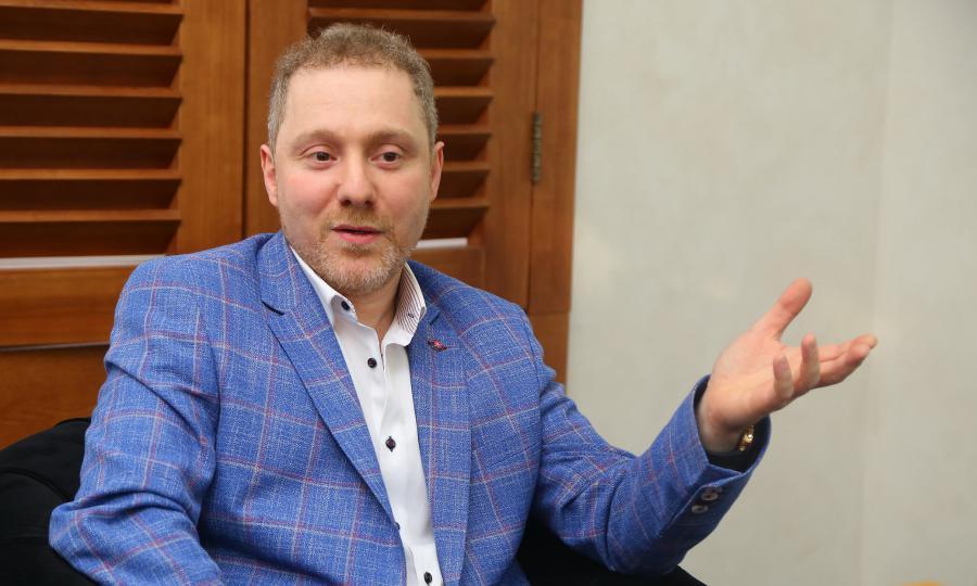 <p>Михаил Эпштейн, совладелец ювелирного дома Mousson Atelier.<br /> Фото: Андрей Фёдоров</p>