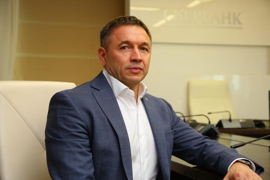 <p>Александр Абрамкин, председатель Байкальского банка Сбербанка.<br /> Онлайн-конференция Байкальского банка Сбербанка.<br /> Фото: Андрей Фёдоров</p>