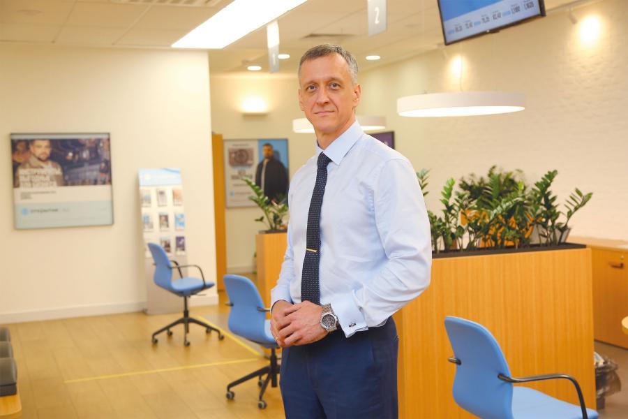 <p>Владимир Чернышев, управляющий банком «Открытие» в Иркутской области.<br /> Фото А.Федорова</p>