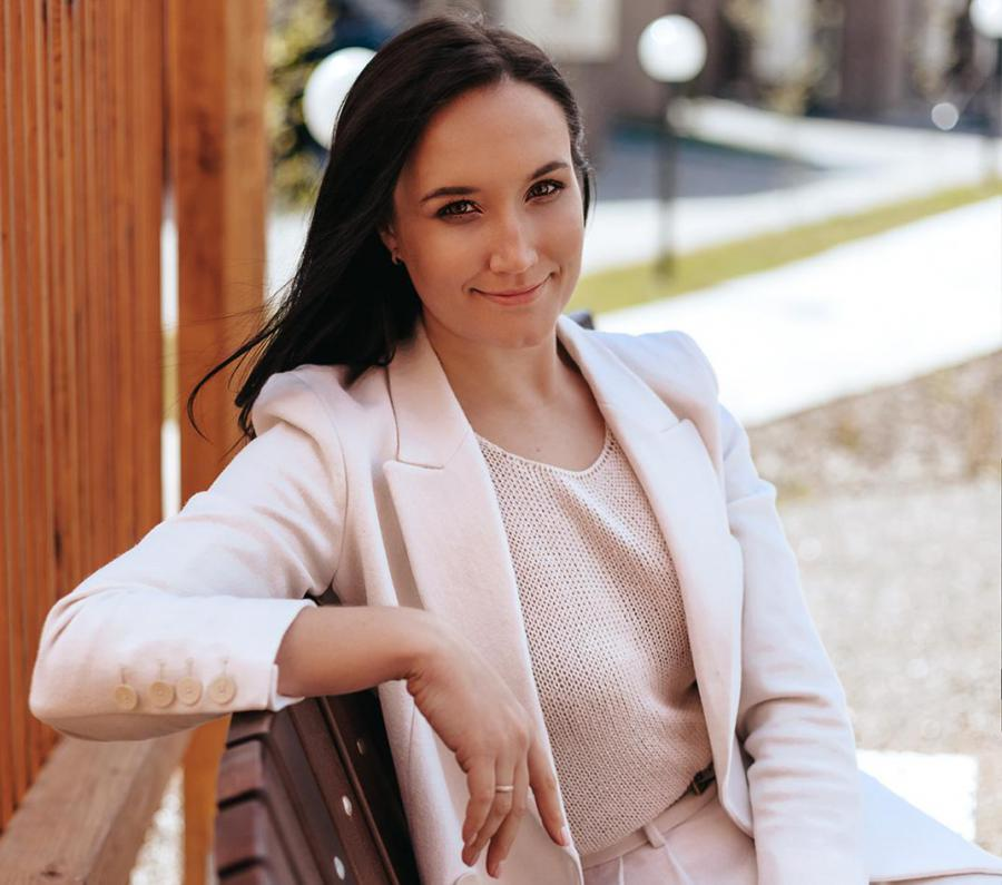 <p>Кристина Яковенко, коммерческий директор девелоперской группы «Хрустальный»</p>
