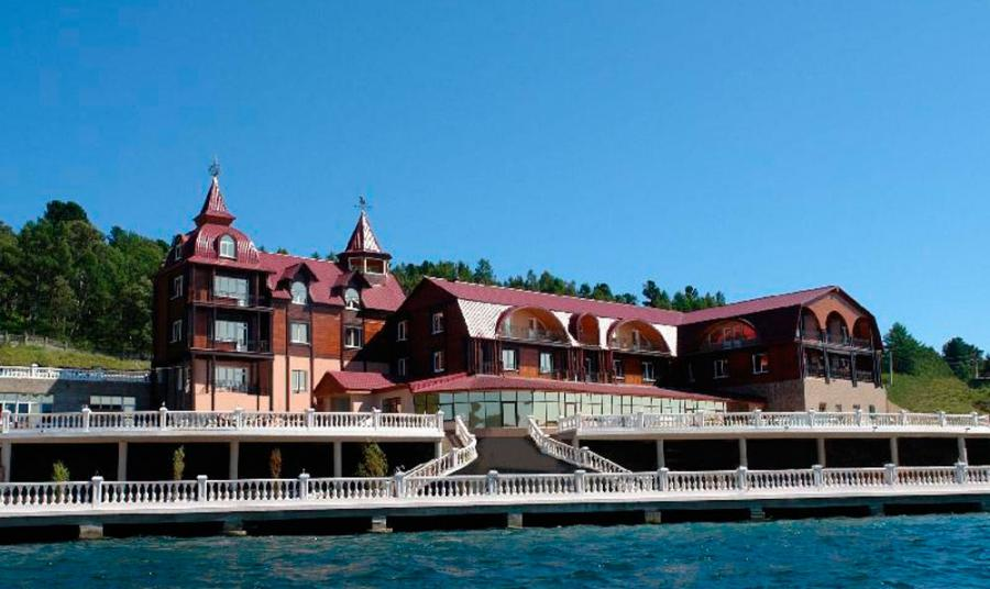 <p>«Легенда Байкала», отель в Листвянке.</p>