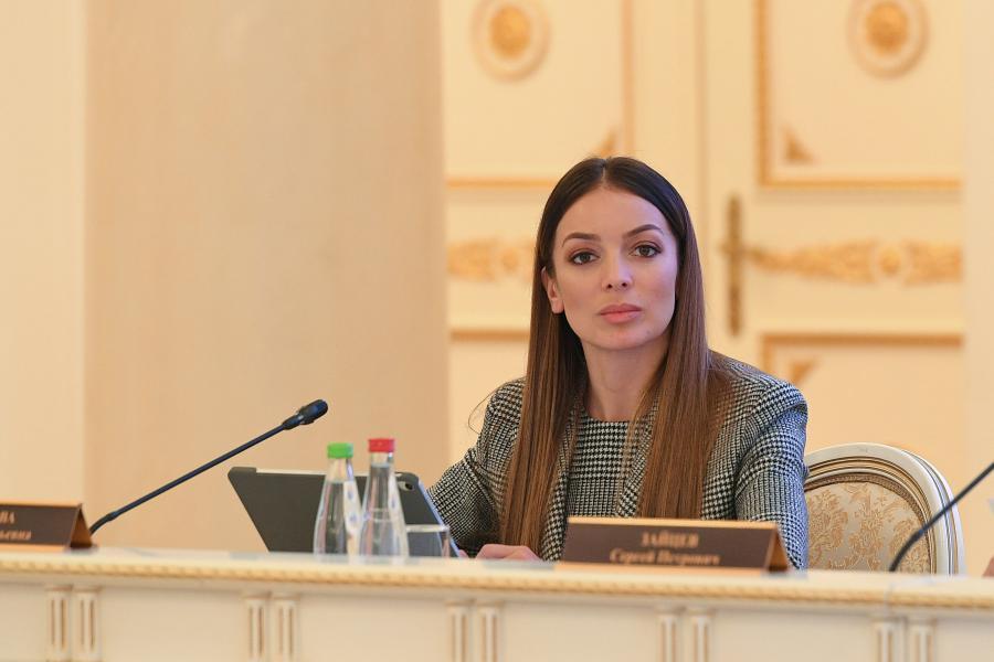 <p>Зарина Догузова, руководитель Ростуризма</p>