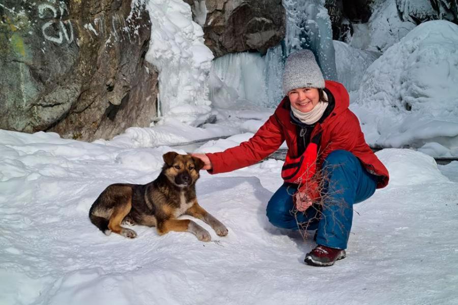 <p>Татьяна Постникова,гид и организатор туров по Байкалу.<br /> Фото из личного архива.</p>