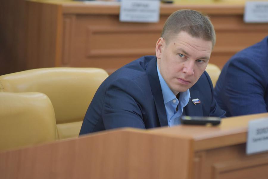 <p>Максим Девочкин. Фото пресс-службы Думы г. Иркутска</p>